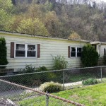 Pineville Rivers Edge Property at Pineville, WV, USA for 35000